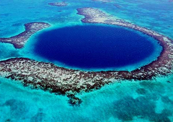 Great-Blue-Hole-Belize-Facts